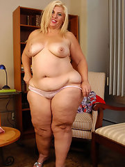 Blonde granny tgp
