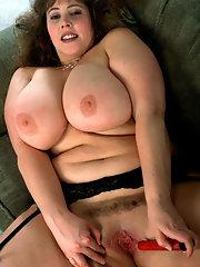 fucking-busty-chubby-nude-pics