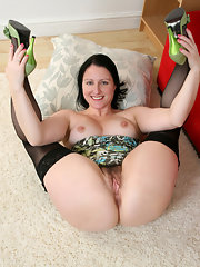 spread-jucy-pussy-pictures