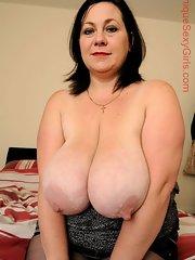 Sexy plump mature women
